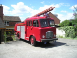 oldfireengine.jpg
